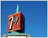Fresh Up - Vintage 7Up Revolving Neon Sign with Sparkling Bubbles (Portland, Oregon) - Fine Art Photograph