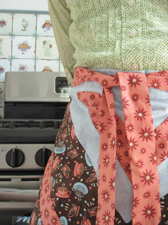 Cute Half Apron - Reversible - Coffee Cups