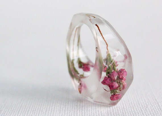 pointy deep pink heather flower size 7 multifaceted eco resin ring