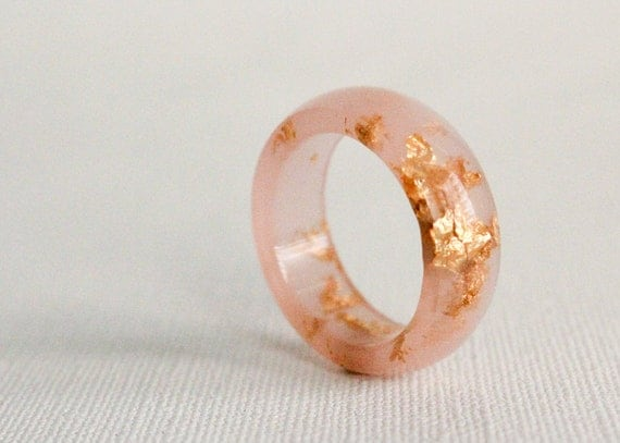 Size 9.5 rose gold round resin eco resin ring