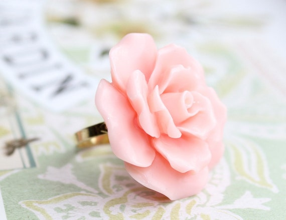 Peach Ruffles in Bloom. Large Cabochon on Gold Adjustable Ring.