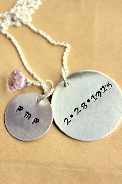grandmother mother children 39 s name necklace for mothers. Black Bedroom Furniture Sets. Home Design Ideas
