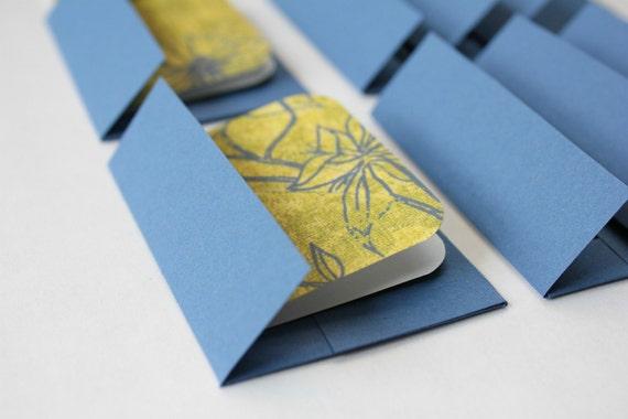 Mini Cards n Envelopes - Set of 8 - True Blue Flowers