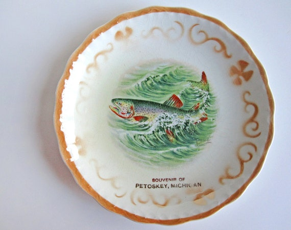 Rainbow trout fish plate, souvenir of Petoskey, Michigan, D.E. McNichol Pottery, East Liverpool, Ohio, early 20th century