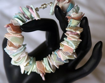 Shell Bracelet with Magnetic Clasp