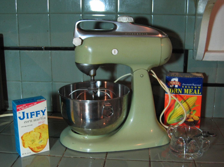 Vintage Avocado Green Kitchenaid Heavy Duty Mixer