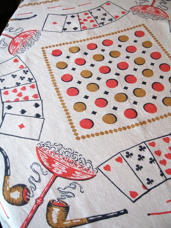 Gamers delight. Vtg 35-inch tablecloth with four napkins, great condition.