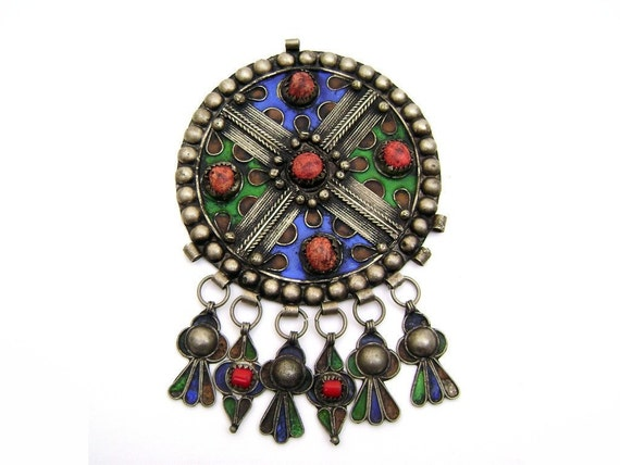 1970s HUGE Tribal Pendant - Awesome Ethnic Necklace