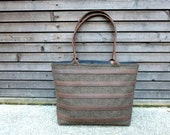 Wool tote bag with waxed leather handles, straps, and a waxed leather bottem COLLECTION WOMEN