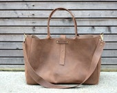 Vintage look waxed leather bag/weekend bag  in brown,with leather shoulderstrap COLLECTION UNISEX