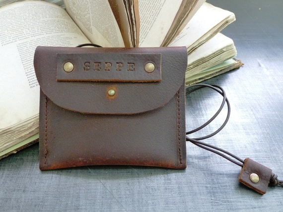 Leather wallet / coin pouch purse  in brown oiled leather with name inscription and neck string