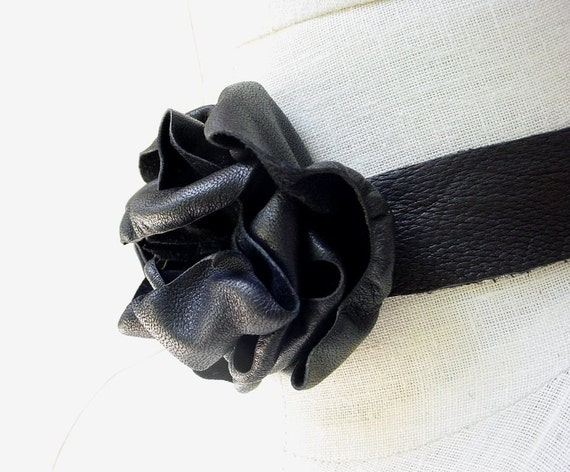 Black Leather Flower Choker Steampunk Fashion Necklace  in stock