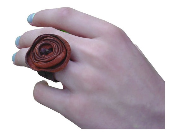 Leather Flower Ring Rust Mahogany Brown size 6.5 - 7 in stock