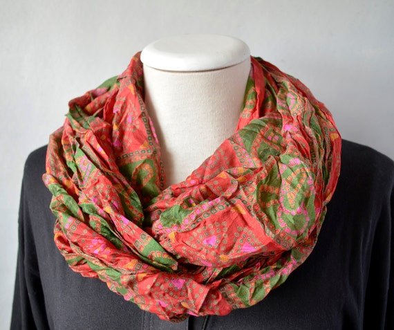 Infinity Scarf  silk recycled sari red green  woman neck accesories R