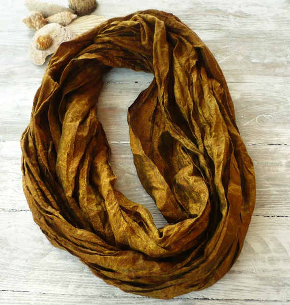 Infinity Scarf in recycled sari silk, Wearable Woman  accesories T