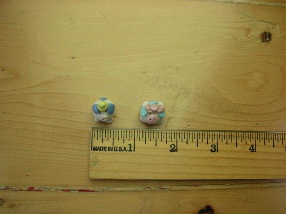 Vintage Porcelain Tiny Mr and Mrs Pig Figurines Curiosities
