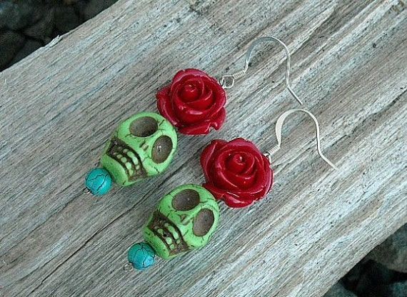 Day of the Dead, Day of the Dead Earrings, Day of the Dead Skull Earrings, Green, Red, Roses,