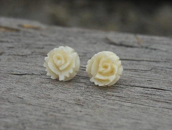 Rose Earrings, Cream Rose Earrings, 14k Gold Earrings, White Rose Earrings, Vintage Earrings, Post Earrings, Off White Earrings, 1980s,