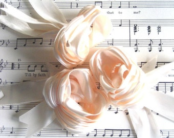 Rosettes Flowers - Satin Ribbon Roses - Home/Wedding Accents