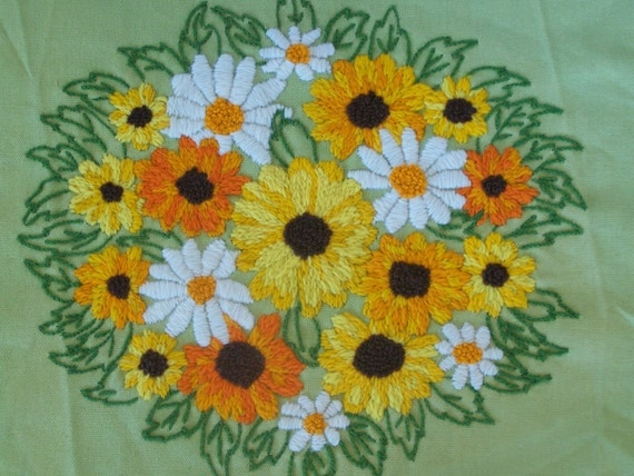 Finished Vintage Embroidery Crewel Daisies on Green Retro
