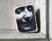 L'Inconnue de la Seine Original Mask Photo Stone