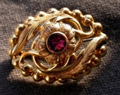An antique  gold vermeil with purple stone crystal , flower , floral , 18k gold vermeil brooch  Shipping with assurance