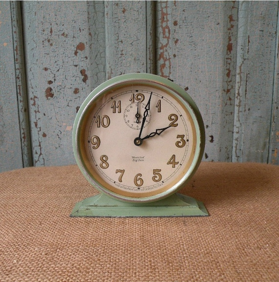 Sweet green Vintage Westclok BIG BEN alarm clock , Made in USA by by Western Clock Company