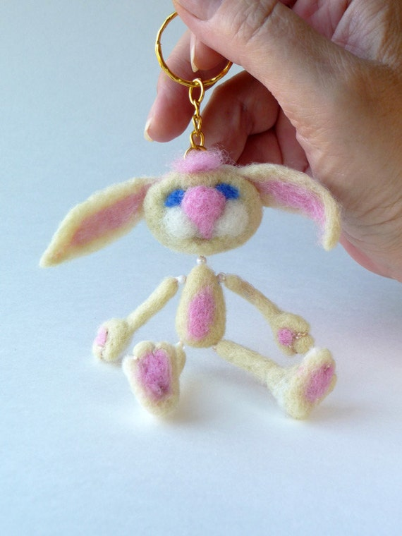 Bunny key ring - needlefelted sculpture