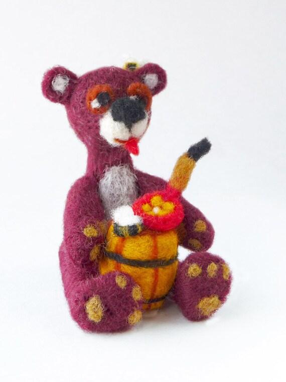 Bear with a barrel of honey - needlefelted sculpture