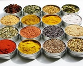 As seen in PEOPLE Extra & Huffington Post : Indian Spice Kit with 16 exotic spices plus 4 recipes - spice set gift for gourmet cooking