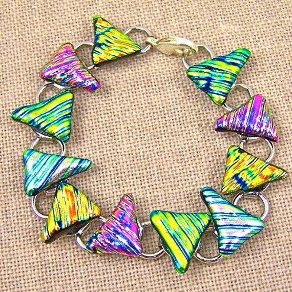 """Dichroic Bracelet - Shark Tooth Ripple Waves Fused Glass - Gold Pink Copper Yellow - 1/2"""", 20- 25mm"""