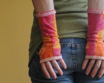 Tie-Dye Wrist Warmers