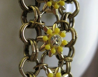 Upcycled Daisy Chain Bracelet