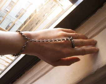 Antiqued Silver Hand Harness