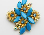 Vintage Brooch Juliana Turquoise Color and Goldtone