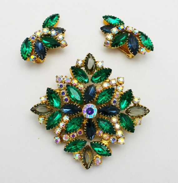 Vintage Brooch Earrings Emerald Green and AB Stones