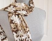 Vintage Vera Floral scarf in Neutrals