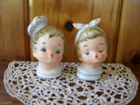 Sale Rare 1950's Napco Kissing Girl and Boy Cooks Salt & Pepper Shakers
