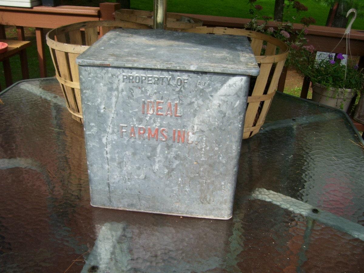 sale antique dairy aluminum milk box ideal by stonecottagemill. Black Bedroom Furniture Sets. Home Design Ideas