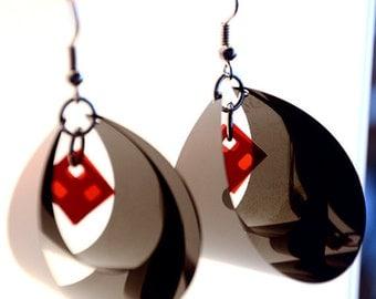 Unique earrings made of Floppy Disk - Collection : Black Diamond / Boucles d'oreilles en disquette