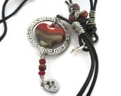 Be mine Valentine  Lampglass, leather and silver pendant necklace TAGTMCTT