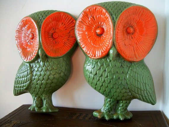 Vintage Wall Plaque Owls in Orange and Green