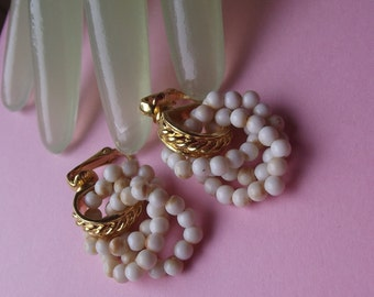 """Vintage 1"""" Drop Goldtone Hoops with White and Brown Marbled Beads Clip Earrings"""