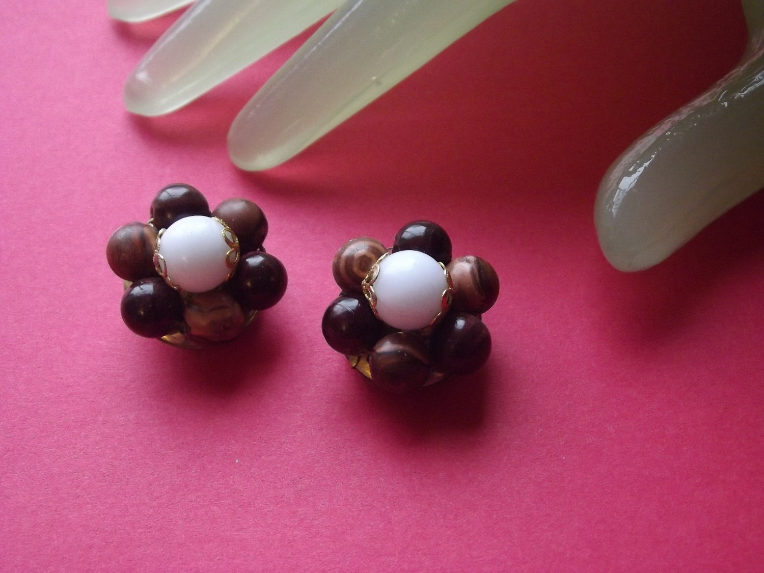 vintage 1 hong kong beaded clip on earrings by amyl7100