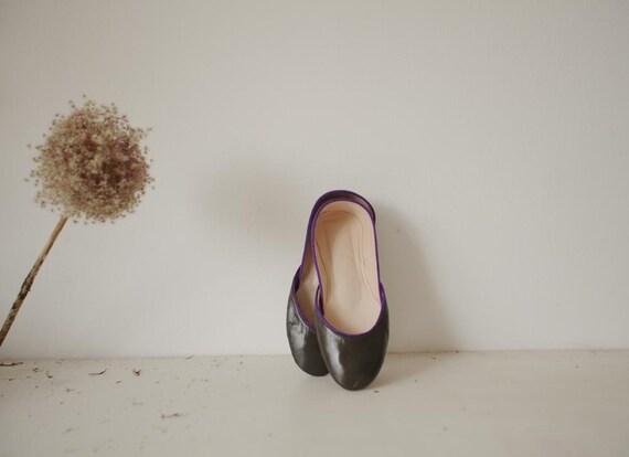 Winter SALE......Soft Leather Ballet Flats. Dark Green Quartz.