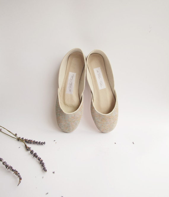 new. Soft leather ballet flats. Monet.