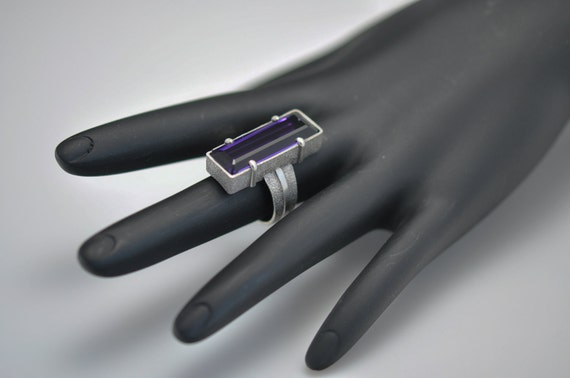 Unique 13.2CT AAA Amethyst  and Sterling Silver Ring