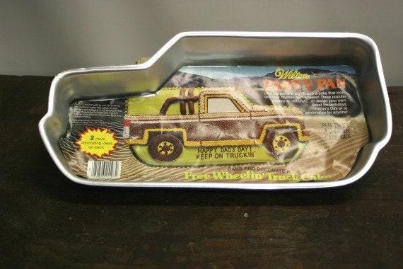Vintage Wilton Big Truck Cake Pan