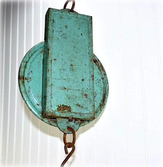 Vintage Hanging Kitchen Scale