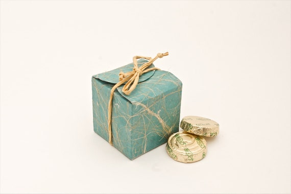 Teal cube wedding favor box- Eco friendly favors made out of saa paper suitable for weddings, parties etc